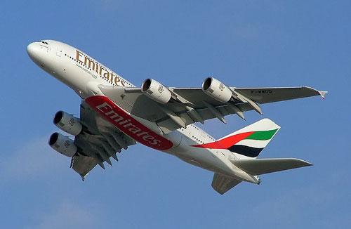 Авиакомпания Emirates заказала еще 32 лайнера Airbus A380