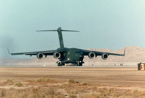 На Аляске разбился военно-транспортный самолет C-17