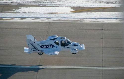 Американцы создали гибрид самолета и автомобиля