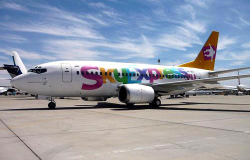 Около 1000 пассажиров застряли в аэропорту из-за проблем Sky Express