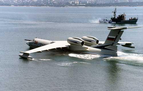 Иран принял на вооружение самолет-амфибию