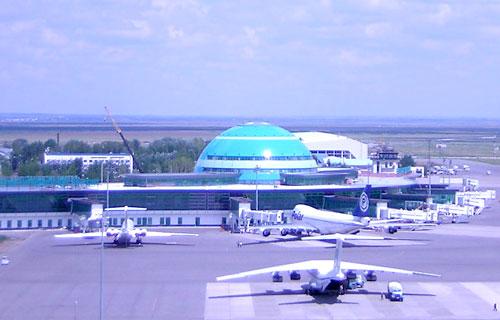 Турецкий самолет совершил вынужденную посадку в аэропорту Астаны