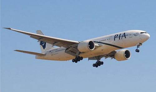 В Стокгольме совершил вынужденную посадку Boeing 777 компании PIA