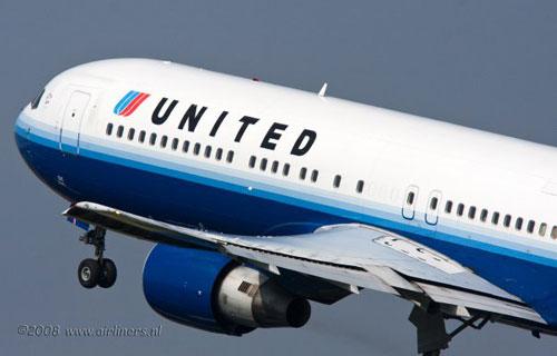United Airlines и Continental Airlines объединяются в единую авиакомпанию