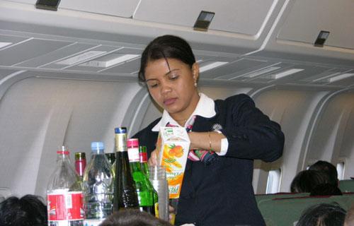 Запрет на провоз жидкостей в самолетах могут отменить
