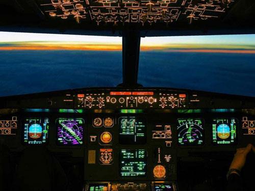 Виртуальная экскурсия по кабине пилотов Airbus A320