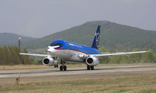 Компании Alitalia и Lufthansa интересуются покупкой Superjet-100