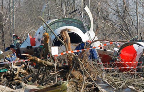 Польша получила семь томов материалов о крушении Ту-154 в Смоленске