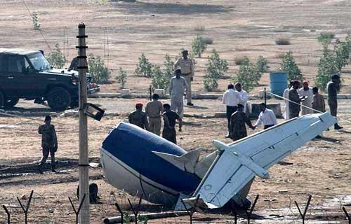 В Пакистане позле взлета разбился самолет компании JS Air