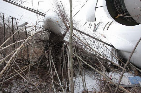 Аварийно-севший Ту-154 - фото с места происшествия