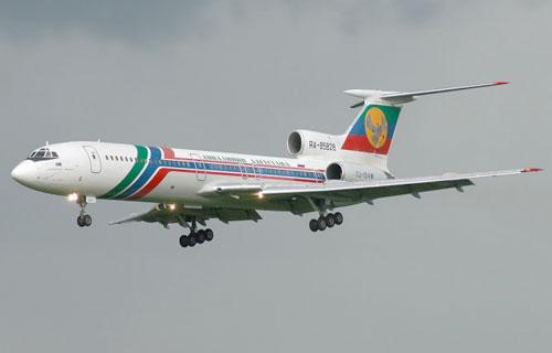 В Домодедово аварийно сел Ту-154 с отказавшими двигателями