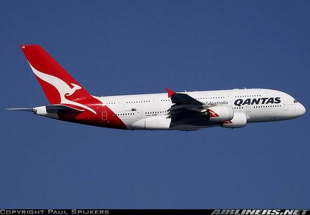 Фото самолета А380 австралийской компании Qantas