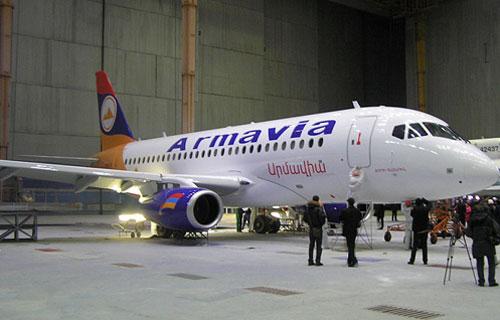 Армавиа стала первой компанией получившей самолет Sukhoi Superjet