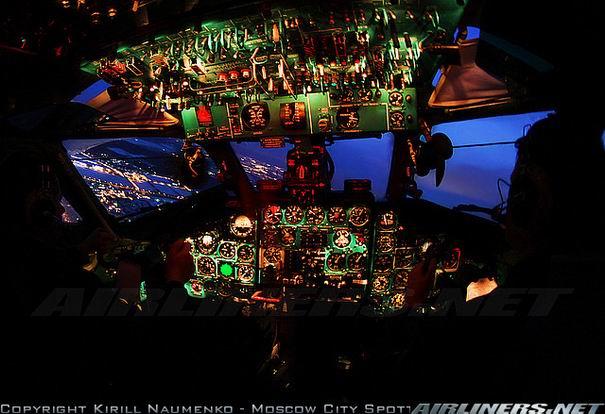 Кабина Ту-134 фото