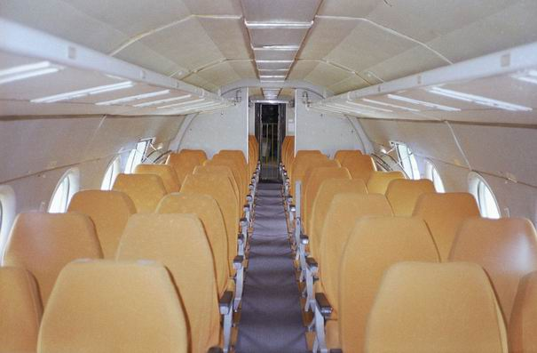 Ту-134 салон самолета - фото