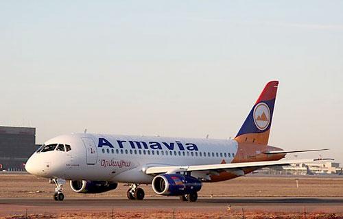 Sukhoi Superjet 100 компании Армавиа совершил первый полет