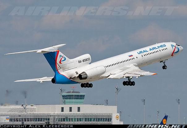 Взлет Ту-154 компании Уральские авиалинии