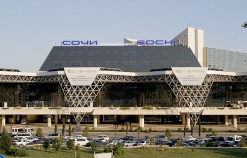 Аэропорт Сочи отправил все задержанные из-за непогоды рейсы