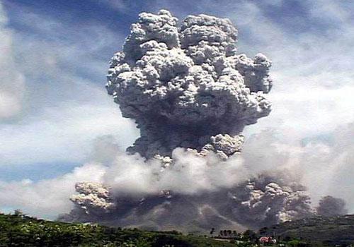 Пепел вулкана Гримсвотн угрожает накрыть Европу