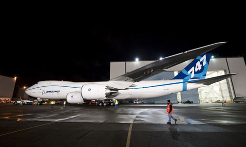 Boeing поставит улучшенные двигатели на 747-8
