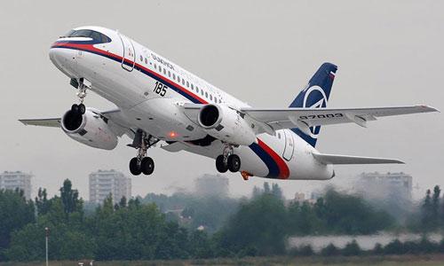 Сергей Иванов прилетел во Францию на с амолете Sukhoi Superjet 100