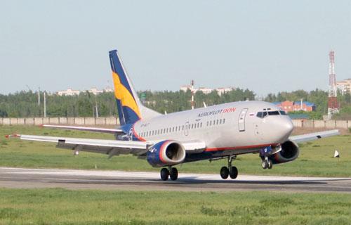 Boeing-735 Donavia аварийно сел в Ростове-на-Дону