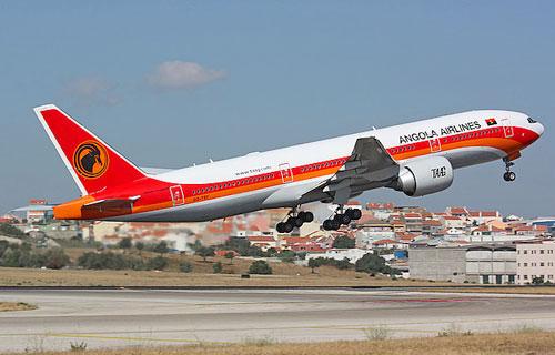 Angola Airlines получила свой первый Boeing 777-300ER