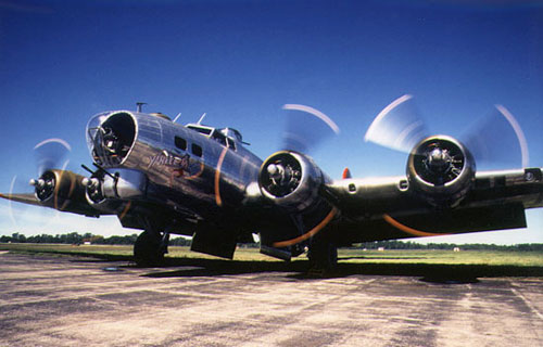 Boeing B-17 Flying Fortress (Летающая крепость)