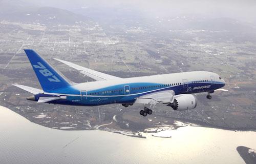 Boeing объявил о создании удлиненной версии лайнера 787 Dreamliner