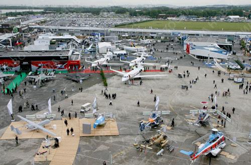 Во Франции открылся 49-ый авиасалон Ле Бурже