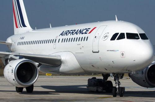 Бортпроводники компании Air France проведут забастовку