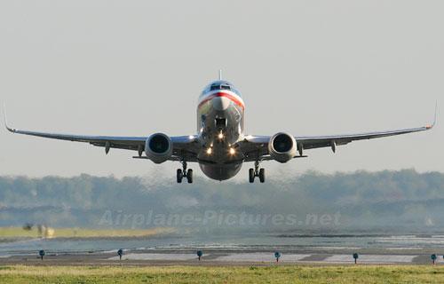 Boeing 737 авиакомпании American Airlines