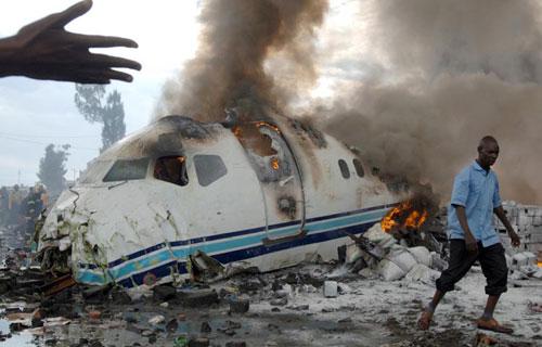 В Конго при посадке потерпел крушение самолет компании Hewa Bora