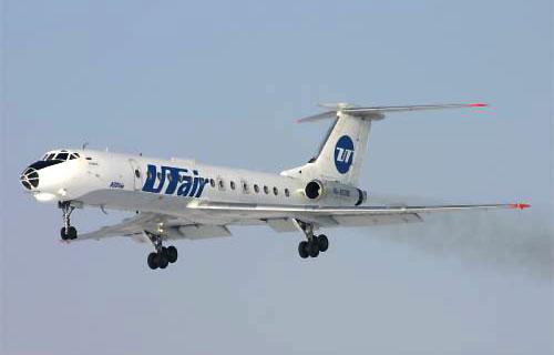 Ту-134 компании UTair совершил вынужденную посадку в Екатеринбурге