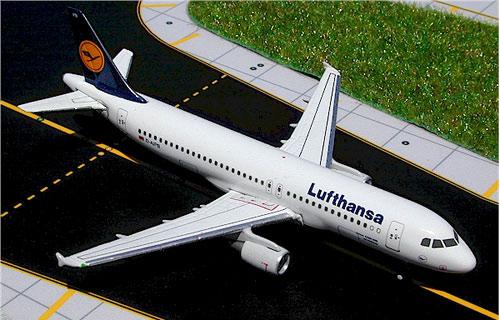 Компания Lufthansa покупает 30 самолетов семейства A320neo