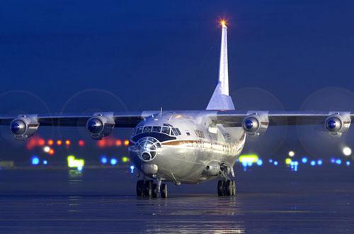 Фото самолета Ан-12