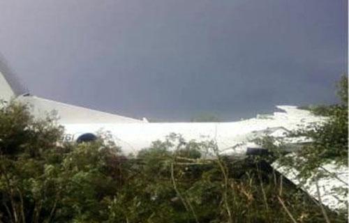 Аварийная посадка Ан-24 компании ИрАэро в Благовещенске