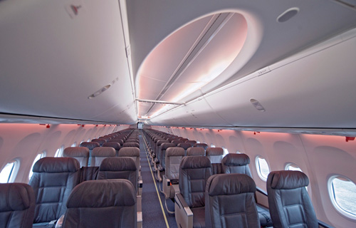 Boeing 737-800 Next Generation Sky Interior