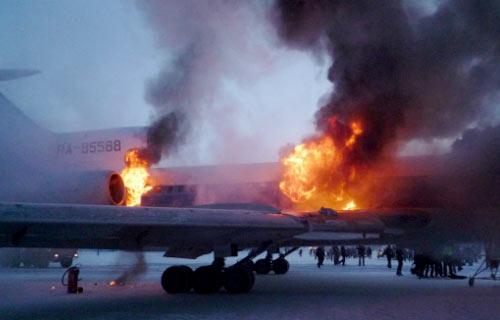 МАК назвал причину возгорания Ту-154 в Сургуте