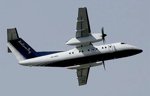 Самолет Dash 8 компании Airlines PNG