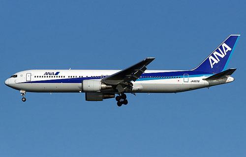 Самолет компании ANA заложил в небе опасный вираж