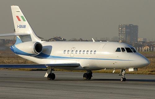 Из-за проблем с шасси Falcon 2000 вернулся в Домодедово