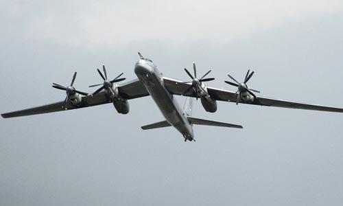Российские Ту-95 подняли по тревоге японские истребители