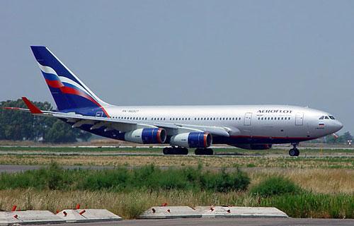 Пассажирский Ил-96 выкатился за пределы полосы в Шереметьево