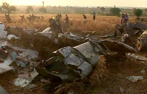 У разбившегося в Пакистане Boeing 737 в воздухе взорвались баки