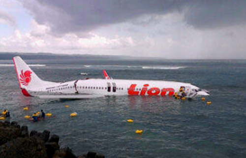 Крушение Boeing 737 компании Lion на Бали