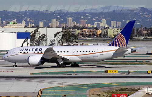 Фото Boeing 787 компании United Airlines
