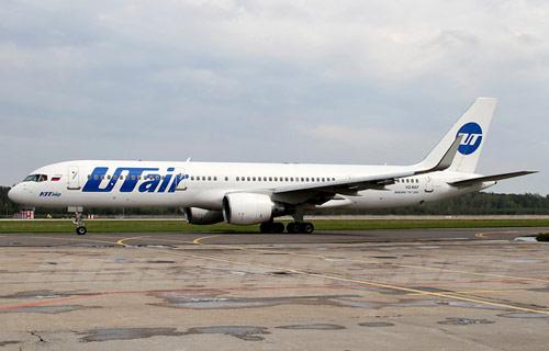 Boeing-757 UTair вынужденно приземлился в Домодедово