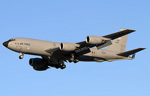 Топливозаправщик C-135