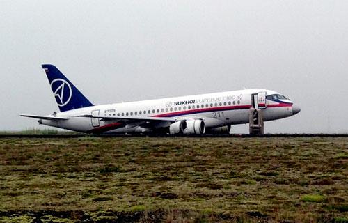 Аварийная посадка Sukhoi Superjet 100 в Исландии